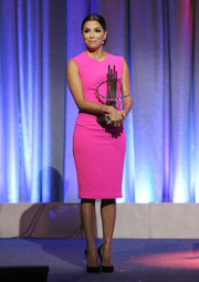 Eva Longoria looked vibrant in this hot-pink dress during the Clinton Global Citizen Awards.