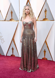 Jennifer Lawrence was a gilded beauty in a sequined slip gown by Dior at the 2018 Oscars.