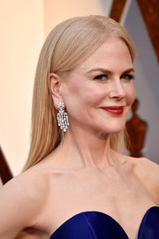 Nicole Kidman donned a pair of Fred Leighton diamond chandelier earrings for a more glamorous finish.