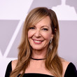 Hairstyles For Women With Fine Hair: Allison Janney's Layered Cut With Side-Swept Bangs