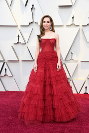 Marina de Tavira looked beautiful in a strapless red ballgown by J. Mendel at the 2019 Oscars.