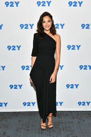 Gal Gadot was minimalist-chic in a structured one-sleeve dress by Stella McCartney at the 92Y Talks.