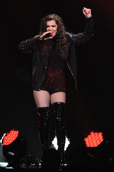 More Pics of Hailee Steinfeld Bomber Jacket (6 of 11) - Outerwear Lookbook - StyleBistro [performance,entertainment,performing arts,thigh,singing,singer,event,microphone,pop music,leg,hailee steinfeld,flz,tampa bay,fla,amalie arena,capital one,jingle ball 2015 - show]