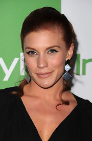 Katee showed off her silver dangle earrings while hitting the InStyle party.