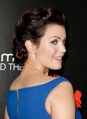 Bellamy Young sported a classic and elegant chignon at the Hamilton Behind the Camera Awards.