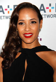 Bright red lips instantly gave Dania Rimirez a lovely Hollywood look!
