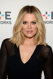 Khloe Kardashian sported a layered cut to show off her blonde locks at the Winter TCA Tour.