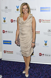 Sally Gunnell looked oh-so-elegant in a gold draped dress.