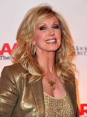 Morgan Fairchild looked like she just stepped out of a shampoo ad with this gorgeous wavy 'do.