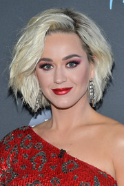 Katy Perry looked stylish with her teased, textured bob at the taping of 'American Idol.'