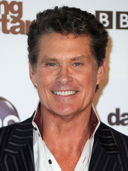 ¿Cuánto mide David Hasselhoff? - Real height ABC+Dancing+Stars+200th+Episode+Red+Carpet+NL5Bcl7ZMR5l