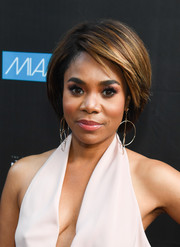 Regina Hall attended the 2017 ABFF screening of 'Girls Trip' wearing her hair in a short bob.