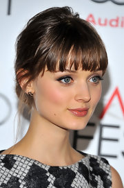Bella Heathcote opted for subtle cluster stud earrings by Melinda Maria at the 'Life of Pi' premiere.