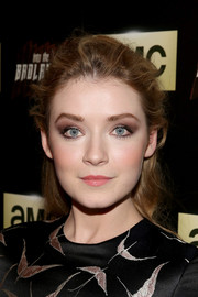 Sarah Bolger sported a messy-chic half-up style at the premiere of 'Into the Badlands.'