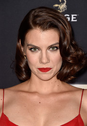 Lauren Cohan went vintage-chic with this curled bob at the premiere of 'The Walking Dead' season 5.