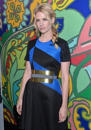January Jones rocked an oversized gold and blue belt with her color-block dress at the 'Mad Men' season 7 premiere.