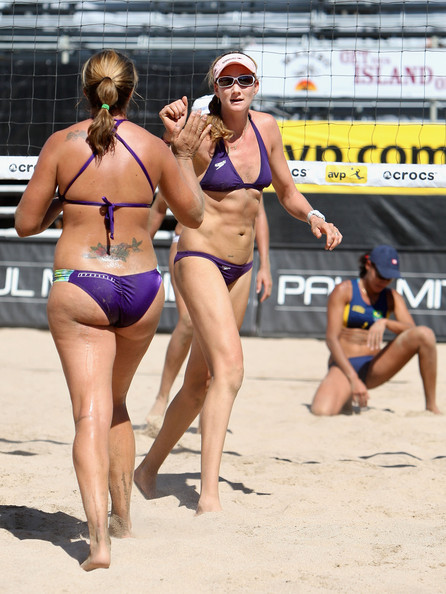 More Pics of Kerri Walsh Jennings Performance Rectangular Frames (1 of 9) - Sporty Shades Lookbook - StyleBistro