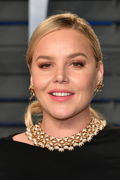 Abbie Cornish Ponytail [oscar party,vanity fair,hair,face,hairstyle,chin,eyebrow,blond,head,beauty,lip,necklace,beverly hills,california,wallis annenberg center for the performing arts,radhika jones - arrivals,radhika jones,abbie cornish]
