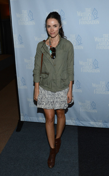 Abigail Spencer Clothes