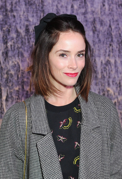 Actress abigail spencer attends the unveiling of the rh modern gallery