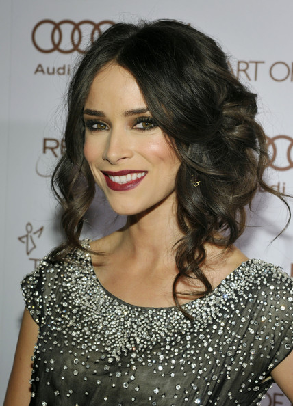 Abigail Spencer Bobby Pinned Updo
