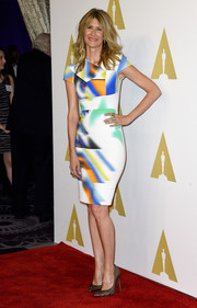 Laura Dern looked stunning in a fitted pencil dress with an interesting multicolored print at the Academy Awards Nominee Luncheon.