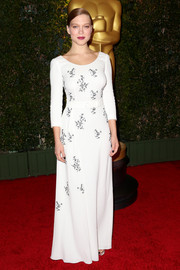 Lea Seydoux went for classic elegance in an embroidered white Prada gown during the Governors Awards.