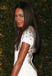 Naomie Harris looked very chic at the Governors Awards with this sleek straight 'do and beaded dress combo.