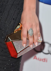 Kaley Cuoco opted for a cool diamond-shaped cocktail ring to top off her red carpet look.