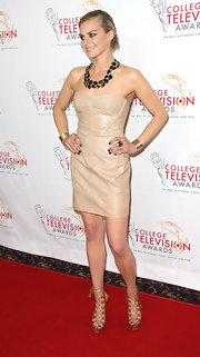 Eliza Coupe hit the red carpet at the College Television Awards wearing a pair of tan gladiator sandals with heels.