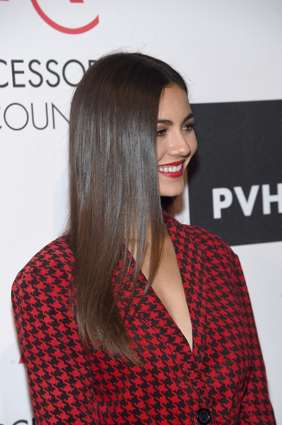 More Pics of Victoria Justice Long Straight Cut (1 of 23) - Victoria Justice Lookbook - StyleBistro