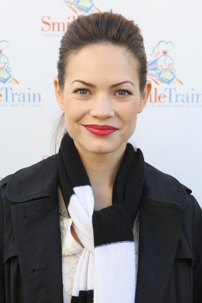 More Pics of Rebecca Herbst Red Lipstick (4 of 30) - Rebecca Herbst Lookbook - StyleBistro