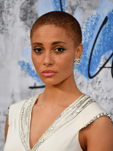 Adwoa Aboah Buzzcut [hair,face,eyebrow,lip,beauty,hairstyle,shoulder,chin,skin,fashion,serpentine galleries,chanel,summer party,red carpet arrivals,the serpentine gallery,england,london,the summer party,adwoa aboah]