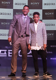 Jaden Smith chose a more contemporary look when he sported this white and black striped blazer.
