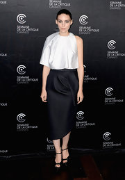 Rooney Mara's deep navy wool pencil skirt topped off her sleek and sophisticated look at the 'Ain't Them Bodies Saints' photo call.