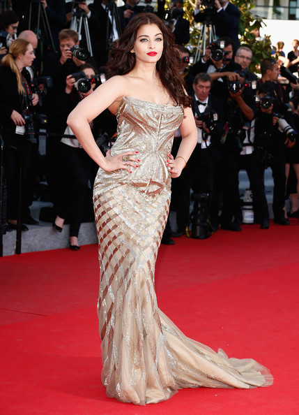 Aishwarya Rai Strapless Dress [one night,two days one night,fashion model,red carpet,gown,dress,carpet,clothing,shoulder,premiere,flooring,fashion,aishwarya rai,premieres,cannes,france,premiere,cannes film festival]