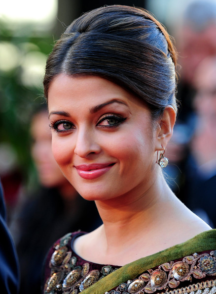Aishwarya Rai Cat Eyes