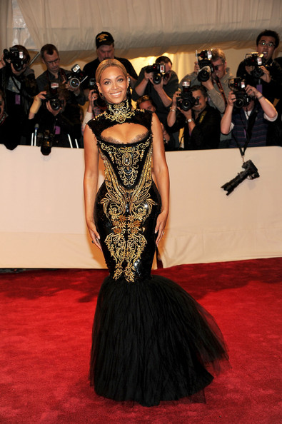 Beyonce In Emilio Pucci, 2011
