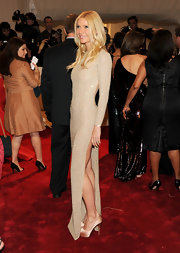 Gwyneth Paltrow sizzled at the 2011 Met Gala in glamorous nude satin Hyper Prive platform pumps.