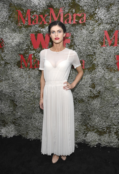 Alexandra Daddario Maxi Dress [elizabeth debicki,2019 women in film max mara face of the future,max mara celebrates,alexandra daddario,clothing,dress,white,shoulder,gown,fashion model,fashion,lady,beauty,cocktail dress,chateau marmont,california,los angeles]