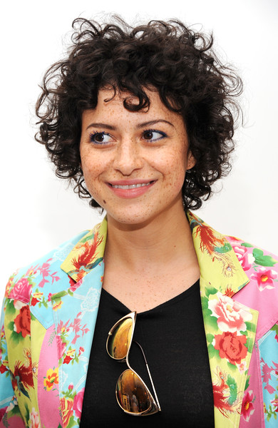Alia Shawkat Short Curls [hair,hairstyle,black hair,betty and veronica,alia shawkat,rachel antonoff presentation,rachel antonoff - presentation,new york city,new york fashion week]