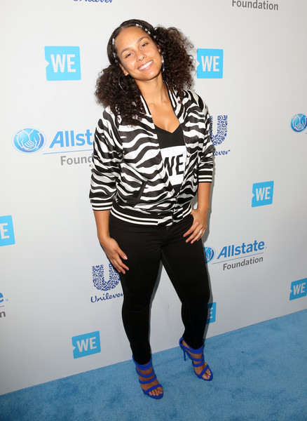 Alicia Keys Skinny Jeans [clothing,fashion,shoulder,footwear,fashion design,performance,electric blue,black hair,long hair,leggings,celebs,alicia keys,young people changing the world,people,california,world,inglewood,the forum,we day]