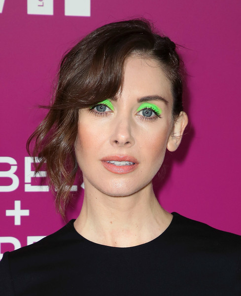 Alison Brie Bright Eyeshadow [hair,face,eyebrow,hairstyle,lip,chin,forehead,head,beauty,cheek,arrivals,alison brie,rebels and rules breakers for your consideration,california,los angeles,netflix fysee space,netflix,netflix - rebels and rules breakers for your consideration,event,event]