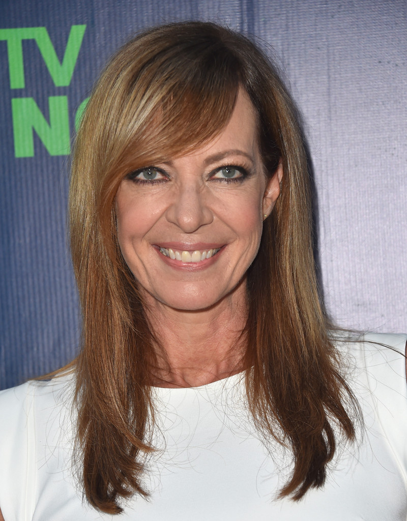 Allison Janney sported a layered cut with side-swept bangs at the CBS Summer TCA
