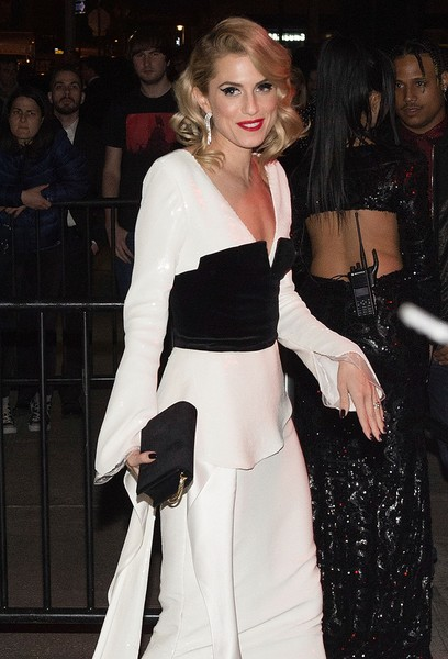 Allison Williams Suede Clutch [rei kawakubo/comme des garcons: art of the in-between,comme des garcons: art of the in-between costume institute gala,clothing,shoulder,fashion,dress,waist,event,lip,joint,outerwear,leg,rei kawakubo,marc jacobs,allison williams,boom boom room,new york city,afterparty,parties,costume institute gala]
