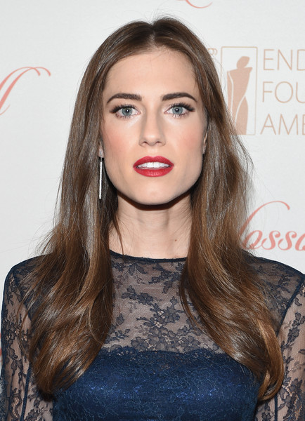 Allison Williams Red Lipstick