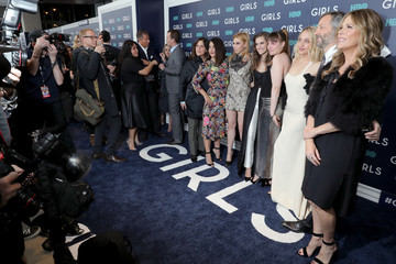 Allison Williams Zosia Mamet The New York Premiere of the Sixth and Final Season of 'Girls' - Red Carpet