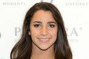 Aly Raisman Long Wavy Cut