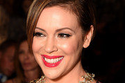 Alyssa Milano Side Parted Straight Cut