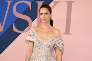 Amanda Peet Off-the-Shoulder Dress